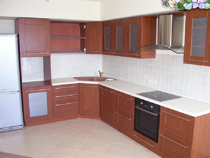 Кухня с фасадами МДФ в пленке на заказ